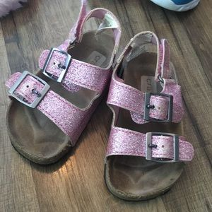 Cute girls pink sandals crazy 8 sz 6 fit like 5
